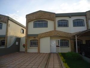 Casa En Venta En Cabudare, Parroquia Cabudare, Venezuela, VE RAH: 16-14315