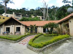 Casa En Venta En Caracas, Monte Claro, Venezuela, VE RAH: 16-14357