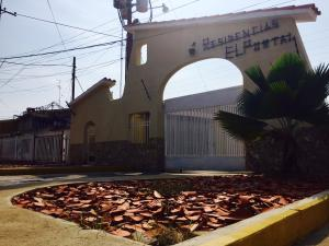 Townhouse En Venta En Ciudad Ojeda, Intercomunal, Venezuela, VE RAH: 16-14408
