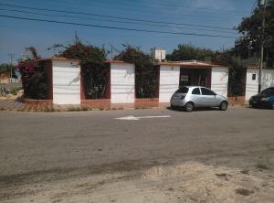 Casa En Venta En Punto Fijo, Los Caciques, Venezuela, VE RAH: 16-14412