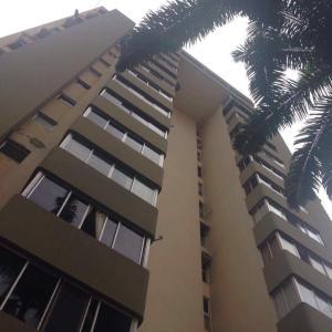 Apartamento En Venta En Valencia, El Parral, Venezuela, VE RAH: 16-14427
