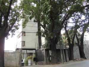 Apartamento En Venta En Caracas, San Martin, Venezuela, VE RAH: 16-14431