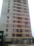 Apartamento En Venta En San Antonio De Los Altos, Los Salias, Venezuela, VE RAH: 16-14441
