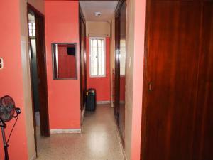 Apartamento En Venta En Maracaibo, Avenida Bella Vista, Venezuela, VE RAH: 16-13818