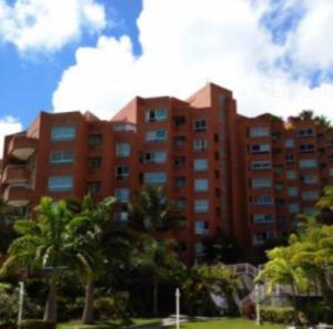 Apartamento En Venta En Caracas, Solar Del Hatillo, Venezuela, VE RAH: 16-14454