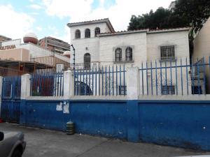Casa En Venta En Caracas, El Paraiso, Venezuela, VE RAH: 16-14451