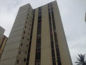 Apartamento En Venta En Maracaibo, Lago Mar Beach, Venezuela, VE RAH: 16-14462