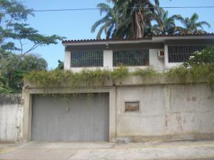 Casa En Venta En Parroquia Caraballeda, Caribe, Venezuela, VE RAH: 16-14503