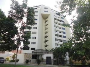 Apartamento En Alquiler En Valencia, Valles De Camoruco, Venezuela, VE RAH: 16-16760