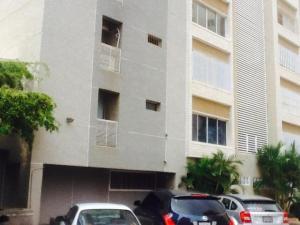 Apartamento En Venta En Maracaibo, Colonia Bella Vista, Venezuela, VE RAH: 16-14611
