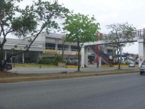 Local Comercial En Venta En Maracay, La Morita, Venezuela, VE RAH: 16-14645