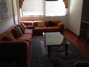 Apartamento En Venta En Maracaibo, Las Mercedes, Venezuela, VE RAH: 16-14654