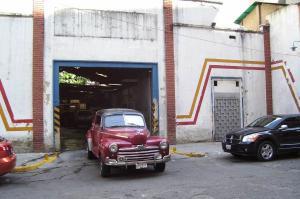 Local Comercial En Venta En Caracas, Parroquia La Candelaria, Venezuela, VE RAH: 16-14688