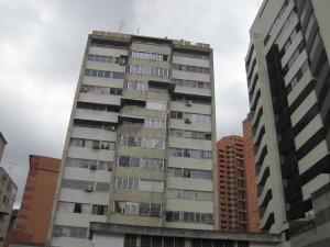 Apartamento En Venta En Caracas, Sabana Grande, Venezuela, VE RAH: 16-14712