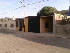 Casa En Venta En Punto Fijo, Menca De Leonis, Venezuela, VE RAH: 16-14715