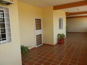 Casa En Venta En Punto Fijo, Pedro Manuel Arcaya, Venezuela, VE RAH: 16-14718