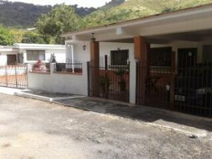 Casa En Venta En Charallave, Los Anaucos, Venezuela, VE RAH: 16-14770
