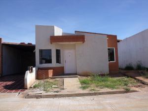 Casa En Venta En Ciudad Bolivar, Sector Marhuanta, Venezuela, VE RAH: 16-14785