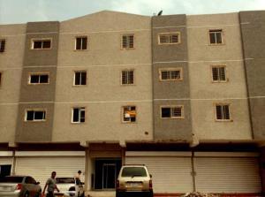 Apartamento En Venta En Maracaibo, Avenida Universidad, Venezuela, VE RAH: 16-14825