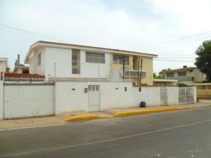 Casa En Venta En Maracaibo, La Macandona, Venezuela, VE RAH: 16-14830