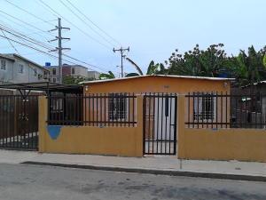 Casa En Venta En Municipio San Francisco, Sierra Maestra, Venezuela, VE RAH: 16-14855