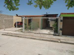 Casa En Venta En San Joaquin, Guayabal, Venezuela, VE RAH: 16-14859