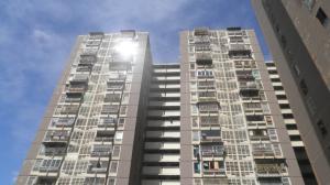 Apartamento En Venta En Los Teques, El Encanto, Venezuela, VE RAH: 16-15674