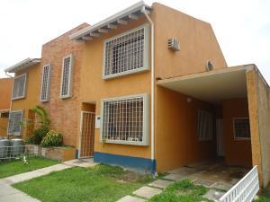 Townhouse En Venta En Municipio Naguanagua, Rotafe, Venezuela, VE RAH: 16-14879