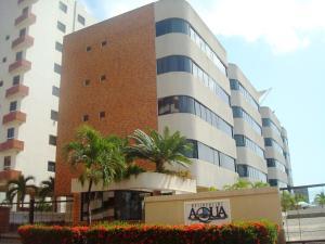 Apartamento En Venta En Higuerote, Puerto Encantado, Venezuela, VE RAH: 16-14900
