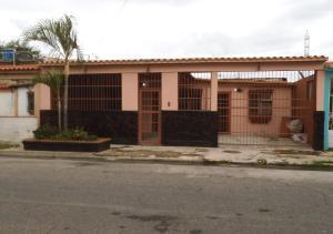 Casa En Venta En Guacara, El Saman, Venezuela, VE RAH: 16-14935