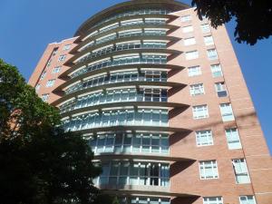 Apartamento En Venta En Caracas, El Rosal, Venezuela, VE RAH: 16-14941