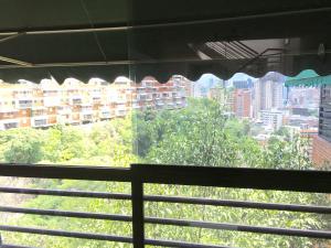Casa En Venta En Caracas, Colinas De Bello Monte, Venezuela, VE RAH: 16-14946