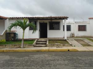 Casa En Venta En Cabudare, La Piedad Norte, Venezuela, VE RAH: 16-14960