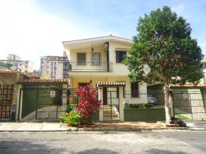 Casa En Venta En Valencia, Trigal Centro, Venezuela, VE RAH: 16-14985