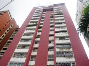 Apartamento En Venta En Valencia, San Jose De Tarbes, Venezuela, VE RAH: 16-14999