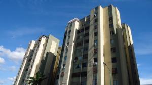 Apartamento En Venta En Barquisimeto, Parroquia Catedral, Venezuela, VE RAH: 16-15015
