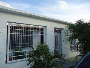 Casa En Venta En San Joaquin, Guayabal, Venezuela, VE RAH: 16-15031