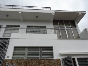 Casa En Alquiler En Valencia, Lomas Del Este, Venezuela, VE RAH: 16-15038