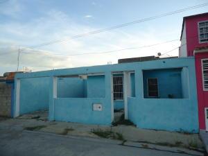 Casa En Venta En San Joaquin, La Pradera, Venezuela, VE RAH: 16-15049