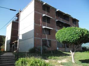 Apartamento En Venta En Guatire, El Marques, Venezuela, VE RAH: 16-15065