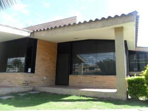 Townhouse En Ventaen Rio Chico, Los Canales De Rio Chico, Venezuela, VE RAH: 16-15062