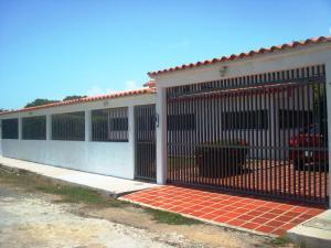 Casa En Venta En Rio Chico, Las Mercedes De Paparo, Venezuela, VE RAH: 16-15080