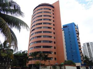Apartamento En Venta En Valencia, El Bosque, Venezuela, VE RAH: 16-15084