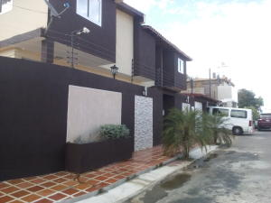 Casa En Ventaen Punto Fijo, Judibana, Venezuela, VE RAH: 16-15092