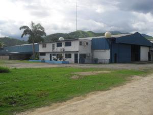 Galpon - Deposito En Ventaen Municipio Diego Ibarra, Mariara, Venezuela, VE RAH: 16-15099