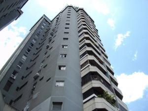 Apartamento En Venta En Caracas, La Carlota, Venezuela, VE RAH: 16-15116