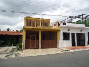 Casa En Venta En Municipio San Diego, La Esmeralda, Venezuela, VE RAH: 16-15149
