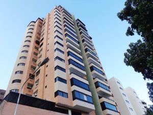 Apartamento En Venta En Valencia, El Parral, Venezuela, VE RAH: 16-15187