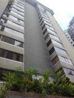 Apartamento En Alquiler En Caracas, Lomas De Prados Del Este, Venezuela, VE RAH: 16-15186