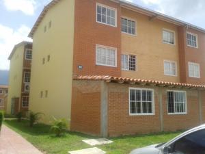 Apartamento En Venta En Guatire, Alto Grande, Venezuela, VE RAH: 16-15194